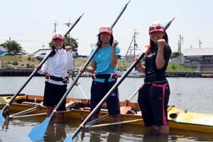 左から北野さん、古田さん、木下さん - ゴールデンキッズ1期生、3人娘はボートに夢を乗せて