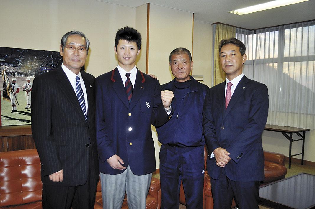 プロ野球ドラフト会議で北海道日本ハムファイターズから2位指名を受けた智弁和歌山の西川遥輝選手(18)