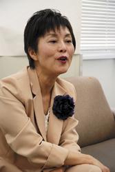 藤本 眞利子候補(56)無新