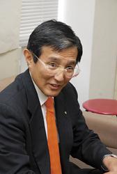仁坂 吉伸候補(60)無現