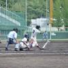 初回、左本塁打を放つ中尾龍(和商)