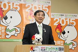 県産品優先の制度を発表する仁坂知事