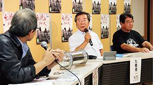 和歌山ブルースについてトーク(左から、岩橋さん、大橋さん、川﨑さん)
