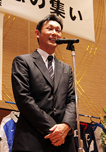 引退後初めて臨時コーチを務める西口さん
