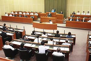 伏虎中跡地活用などを議論する9月市議会が開会