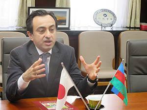 アゼルバイジャンの魅力を語るイスマイルザーデ大使