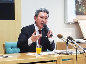 新社長就任への決意を語る三博氏