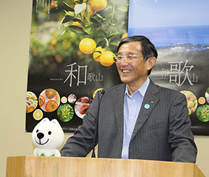 企業同盟への参加を呼び掛ける仁坂知事