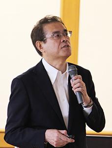 講演する橋田気象庁長官