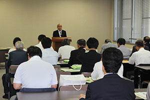 立候補予定の陣営が出席した説明会