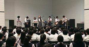 県予選での演奏の様子(りら創造芸術高校提供)