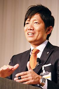 起業からこれまでを振り返る上野代表