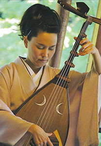 筑前琵琶奏者の川村さん