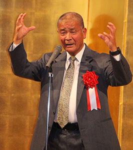 48年間の監督生活を振り返る髙嶋さん