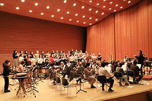本番に向け練習に熱が入る和歌山市交響楽団・市響合唱団