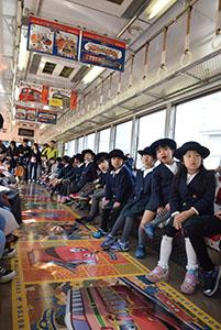 チャギントン列車を楽しむ子どもたち