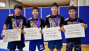 全日本で活躍した(左から)茂野君、澤田君、池端君、請川君