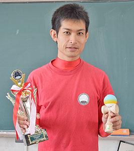 「優勝できてほっとした」と向井さん