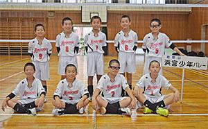 2度目の全国出場となる浜宮少年バレーボールクラブのメンバー