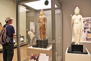 3Dプリンターで作られた「お身代わり仏像」の一例(県立博物館特別展で)