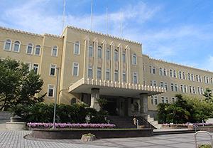 和歌山県のシンボルともいえる県庁