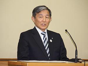 男性の感染を発表する仁坂知事