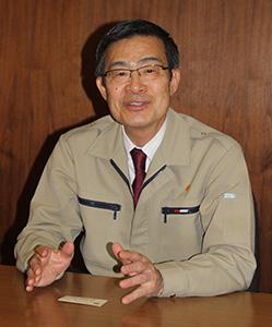 本紙のインタビューに答える竹田社長