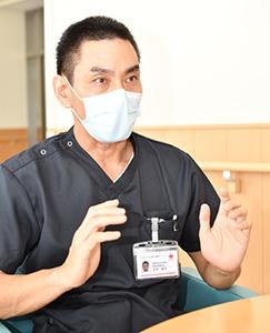 古宮伸洋医師 神戸市出身。2000年に北海道大学医学部卒業後、東京都立墨東病院、国立感染症研究所などで勤務後、14年に同センターに着任。同年には西アフリカでエボラ出血熱、17年にはソマリアでコレラ救援を行う。厚生労働省、WHO、JICAなどのコンサルティング業務にも携わる。5月1日、感染症内科部長に就任。