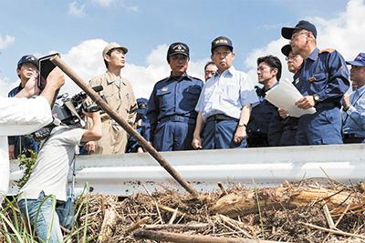 九州豪雨災害の被災地で陣頭指揮