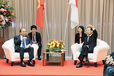 紀の川市を訪れたベトナムのフック首相と会談(2019年6月)