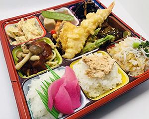 人気の「日本一の幕の内弁当」